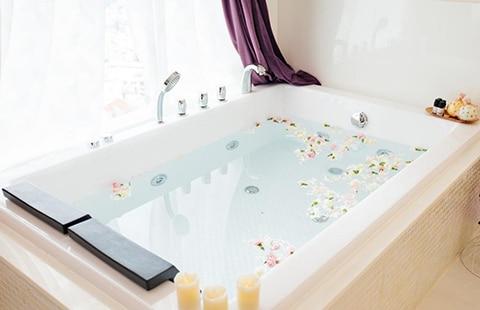 Bồn tắm và những lợi ích cho sức khỏe